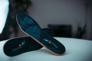 با استفاده ازکفی هوشمند کفش از سلامت خود باخبر شوید
